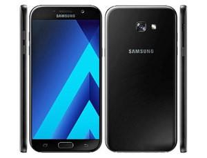 Samsung A7 ( 2017 )