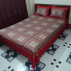 Ortha King Size Gorgeous Panel Bedsheet - Red