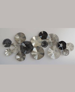Abstract Metal Wall Art (Black and Silver )