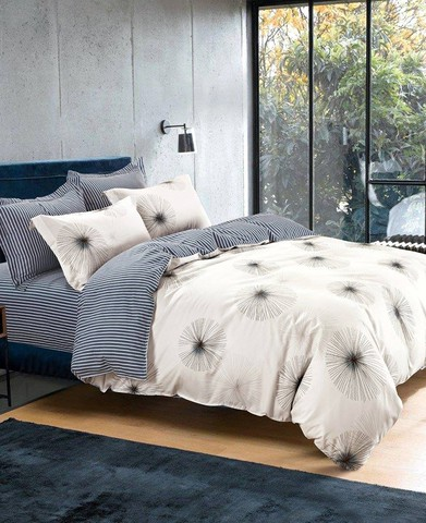 Lenore 4 Piece Bed Sheet Set (King Size)