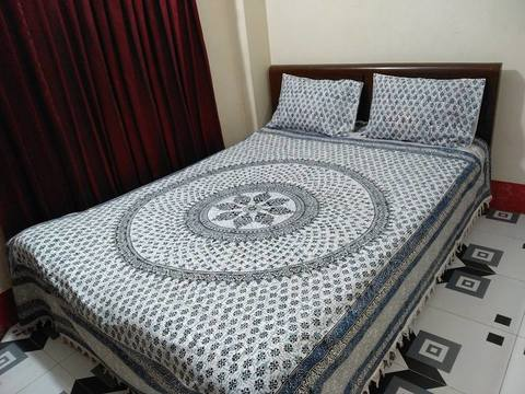 Khadi Cotton Double Bedsheet with 2 Pillow Covers - Stripe, King Size, Blue White