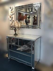 Mirror Console/021