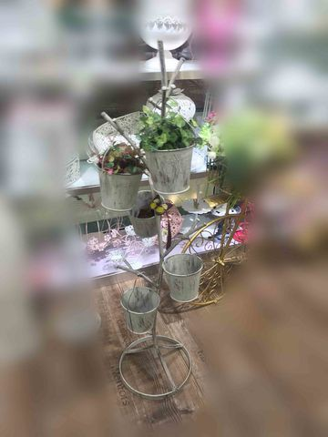 Metal Plant Stand/17566