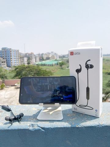 UiiSii B6 IPX5 Wireless Earphone