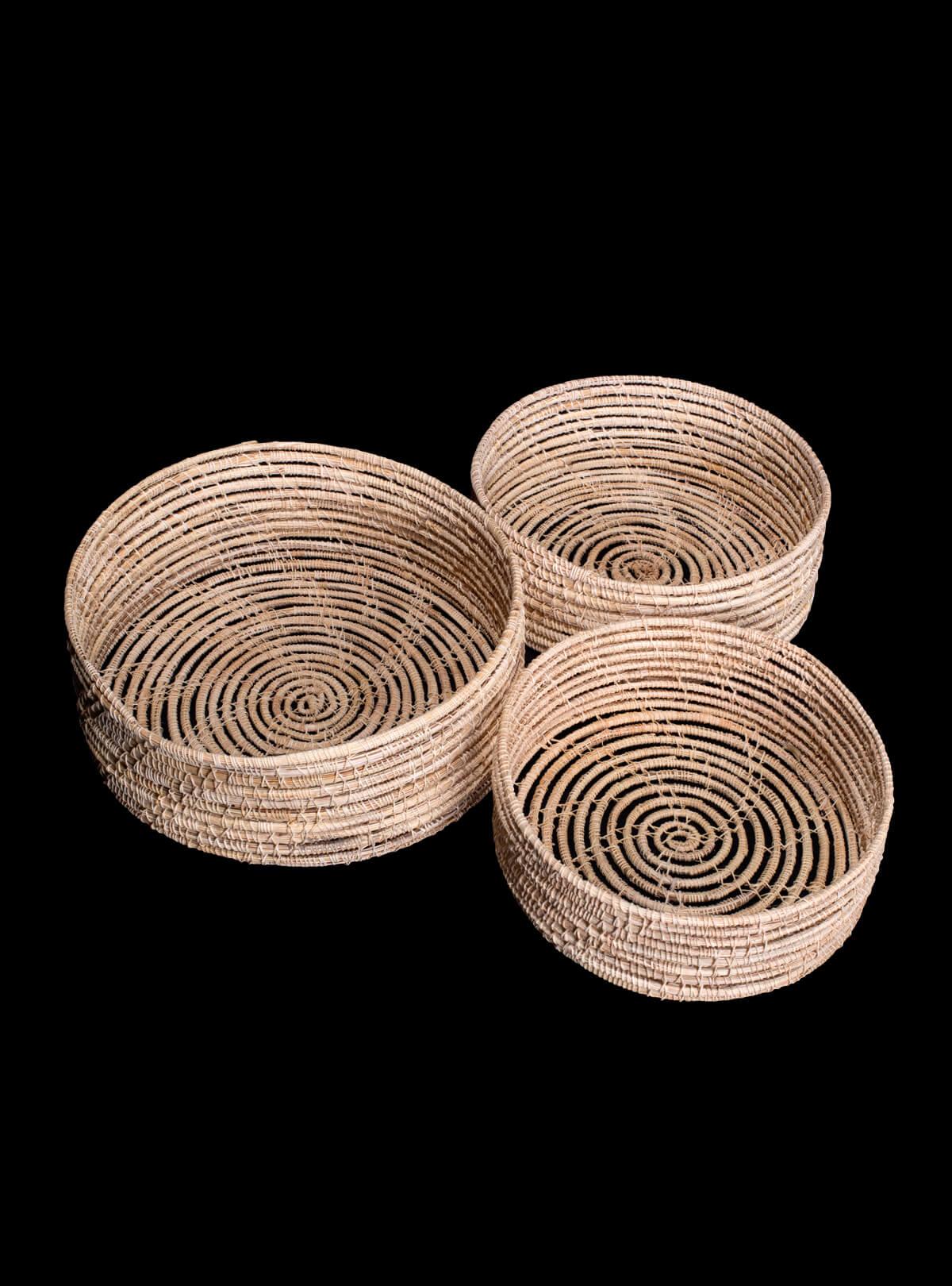 Palm Fiber Round Tray