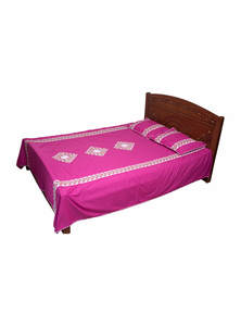 Pink Cotton Bed Sheet with Two Pillow Covers