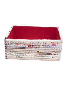 Eco-Friendly and Recycled Handmade Paper Card Holder