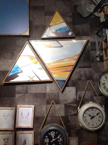 3 pieces Triangular Painting Set/01