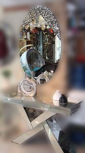 Mirror Console/112
