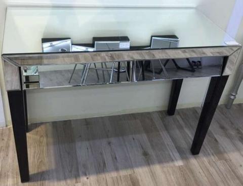 Mirror console/025