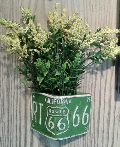 Wall Mini Vase