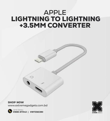 Apple Lightning to Lightning + 3.5mm Converter.