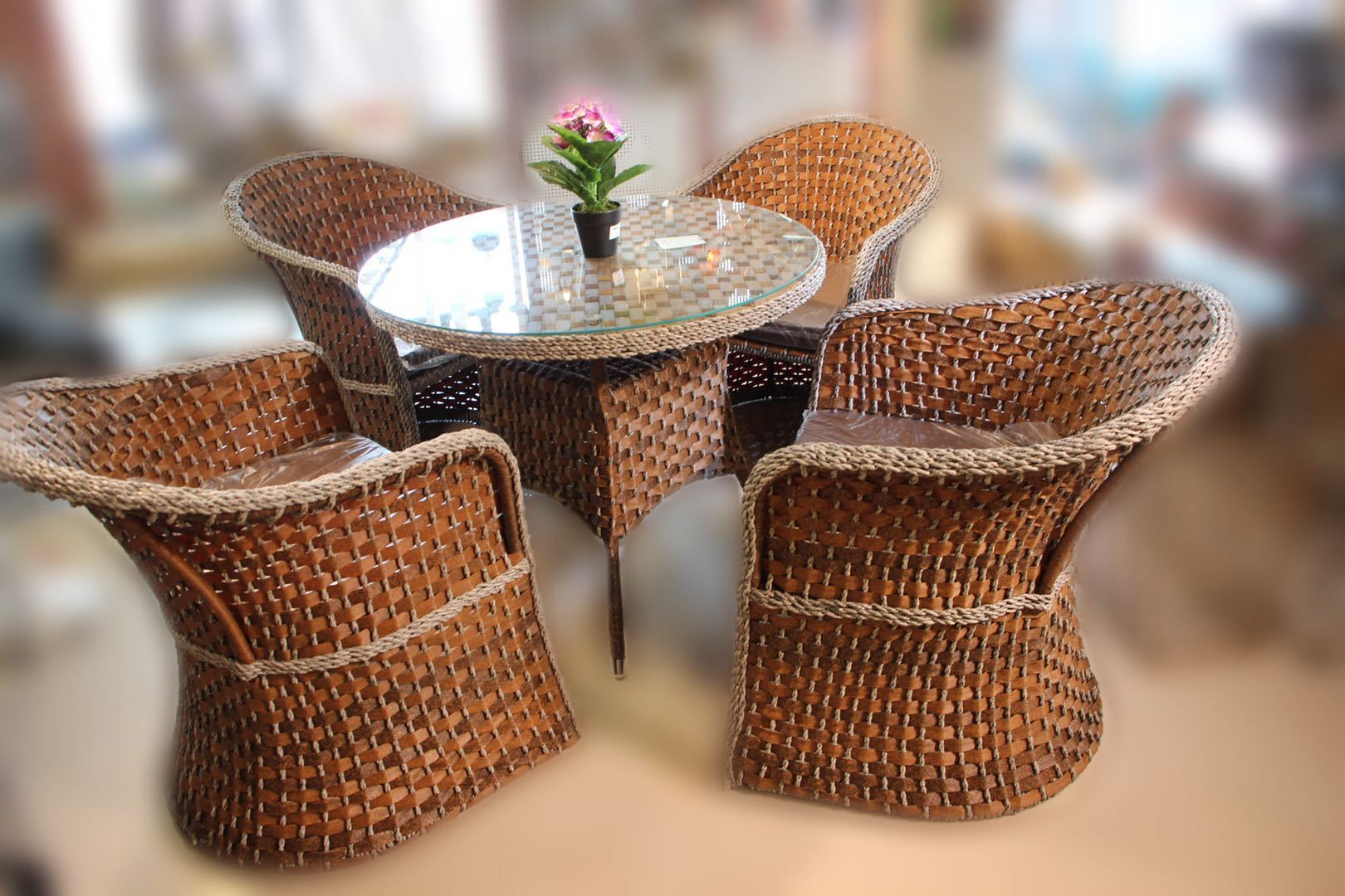 Coffee/Lounge Chair Set